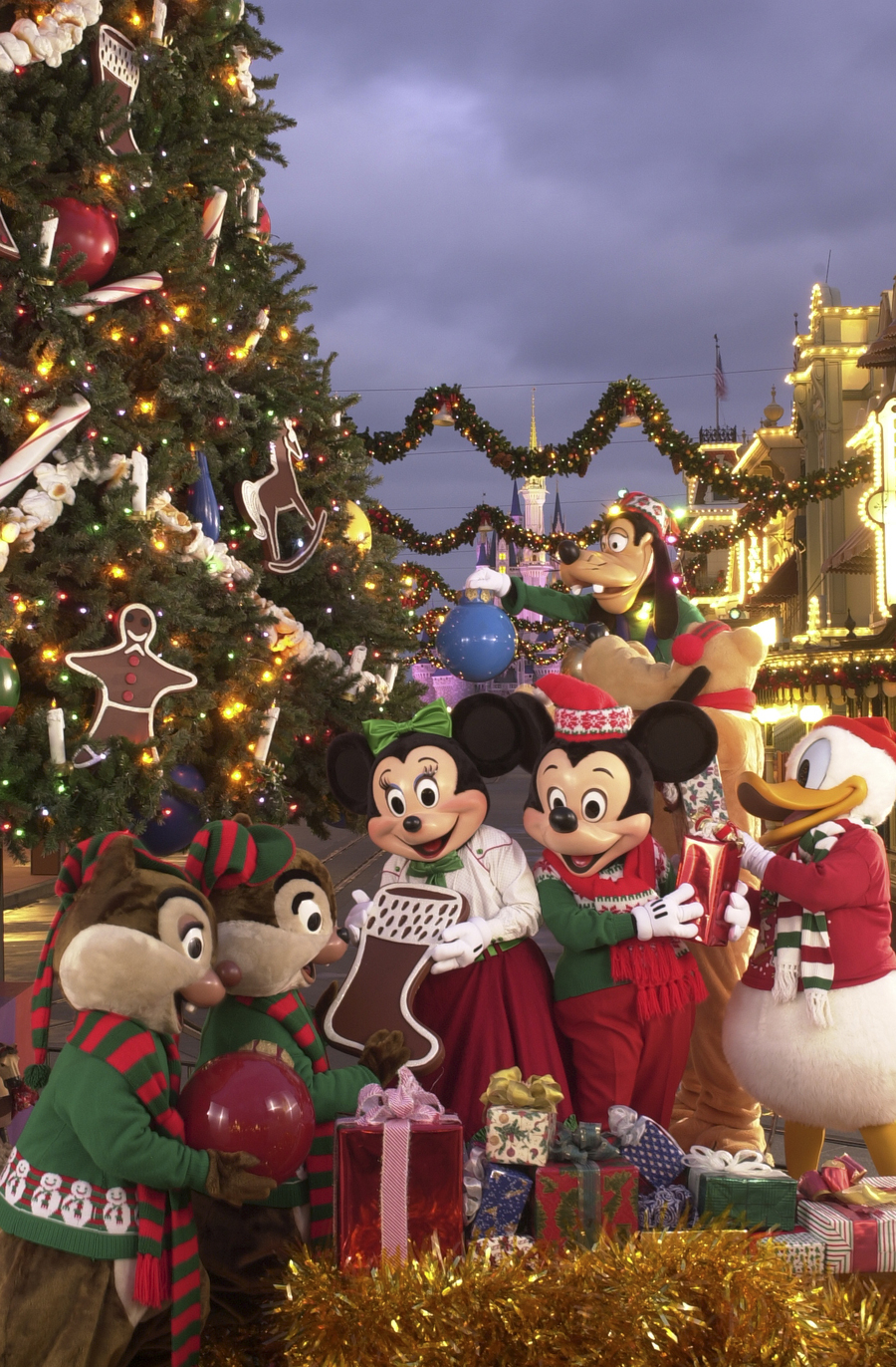 walt disney world christmas clipart magic kingdom epcot christmas day