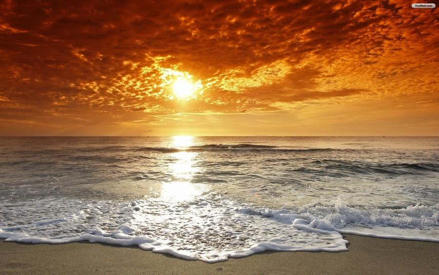 Ocean sunset. Download beautiful beaches at